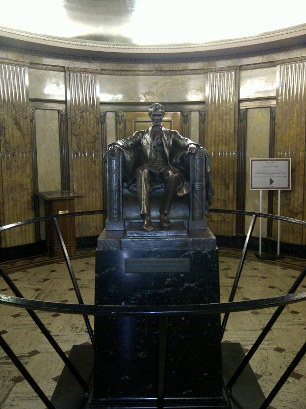 Visiting Abraham Lincoln S Tomb In Springfield Illinois Iron Brigader